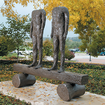 Magdalena Abakanowicz, Two Figures on a Beam, 1997, Bronze