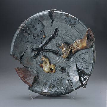 Jim Leedy, Lakeside Plate, 1990, Stoneware, porcelain and glaze